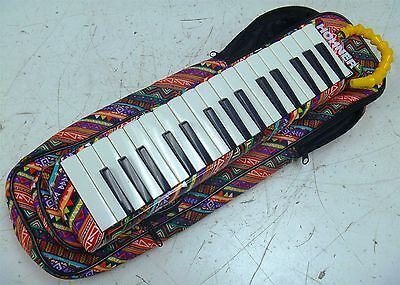 Unique Hohner 2-Octave Airboard 32 Melodica w/ Matching Soft Case