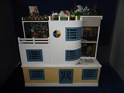 Deco Style Dolls House & Contents