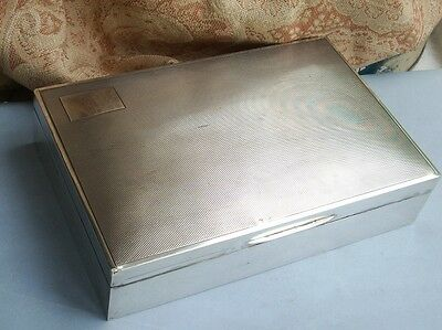 Old Vintage English Sterling Silver Hallmarked Cigarette Cigar Box Fine Detail