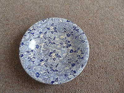 Maling ware blue and white floral design plate/dish/bowl, post 1920