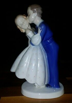 "Bing & Grondahl B&G Denmark Porcelain Figure ""First Kiss"" #2162 Boy Girl Kissing"