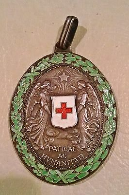 Austria Hungary ~ World War I Silver Red Cross Merit Medal With War Decoration