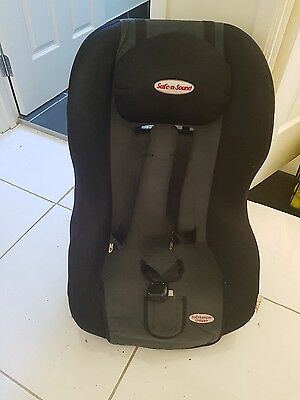 Mother's Choice Convertible Car seat Baby 0- 4