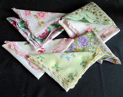(7) Vintage Scalloped Edge Floral Handkerchiefs