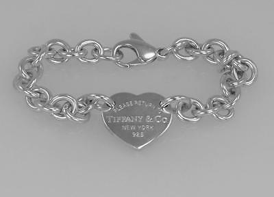 Tiffany & Co. PLEASE RETURN TO TIFFANY Curved Heart Tag Bracelet Sterling Silver