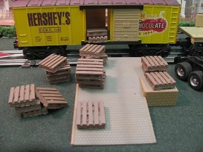 O/O27 Scale Loose Pallets  - Scenery Accesories