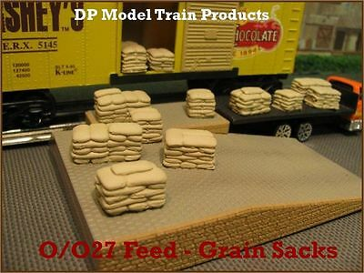 O/O27 Scale Feed/Grain Sacks - Scenery Accesories