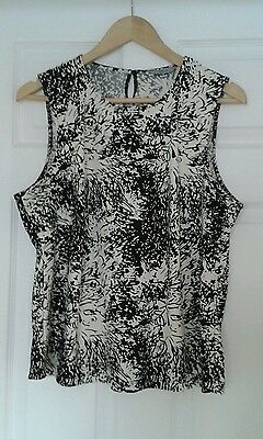 Ladies Marks and Spencer top plus size 20
