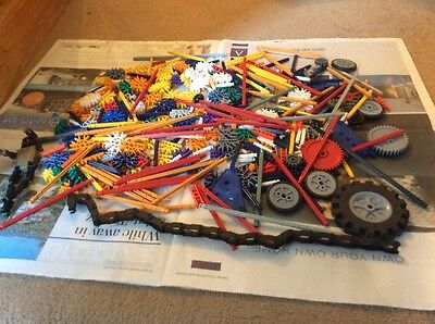 Knex 500 Assorted Parts 1kgs cogs, Spars and More