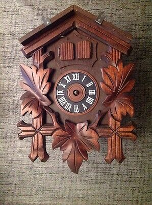 Antique Black Forest Cuckoo Clock For Restoration Or Spare Parts 21x16x12cm.