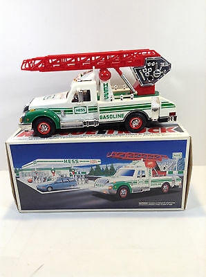 1994 = Hess Rescue Truck in orig box