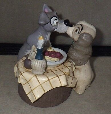 The Disney Store LADY AND THE TRAMP Spaghetti Kissing Dinner Table Figurine