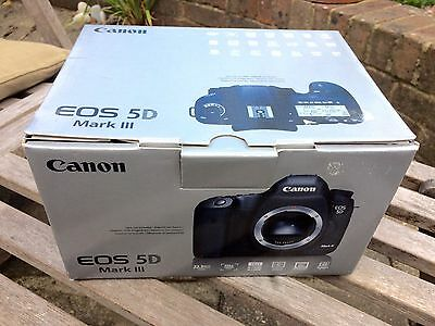 Canon EOS 5D mark III - EMPTY BOX ONLY + CD ROMS AND INSTRUCTION MANUAL