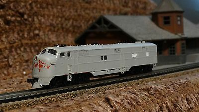 N Scale  E-7 A Powered Diesel Engine Locomotive   Ready Lot