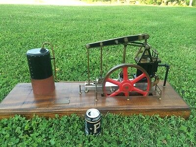Large scale walking beam steam engine with water pump hit and miss