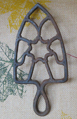 Antique Cast Iron Sad Iron Trivet Good Condition