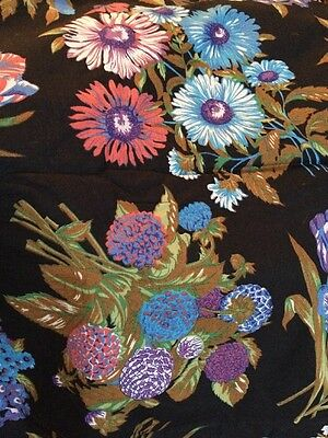 Large Piece Late 70s Floral Print Vintage Cotton Fabric
