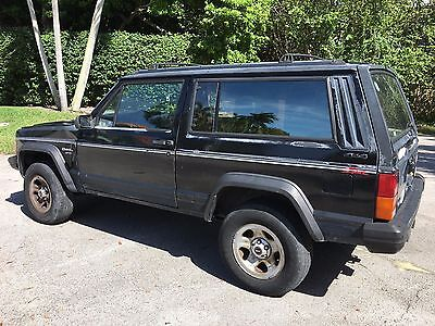 1996 Jeep Cherokee 2 DOOR NO RESERVE! 1996 JEEP CHEROKEE SPORT 4.0L 2 DOOR l COUPE l AUTO l 4X4 l STOCK