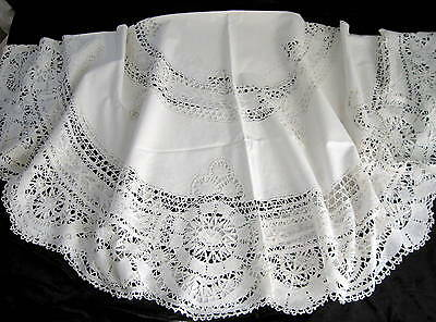 """Antique White Linen & Cluny Lace Large Round 63"""" Tablecloth Estate Fresh"""