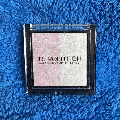 Makeup Revolution Duo Baked Highlighter - Peach And Champagne Gold - MELB STOCK