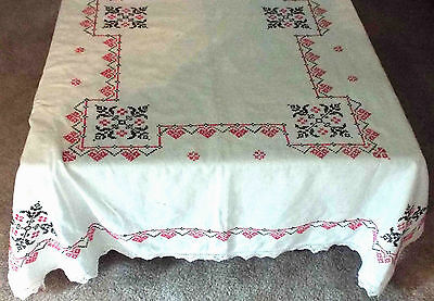 VINTAGE COTTON TABLECLOTH Hand Embroidered,Hand Made Lace 62X74 Cutter
