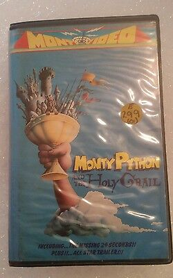 Monty python and the holy grail - original Pre cert ex rental video