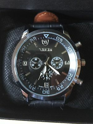 Mens Smart Military Style Quartz Watch With Leather Strap