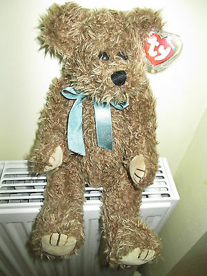 """""""GROVER"""" TY COLLECTIBLES BEAR ,Wearing A Green Ribbon,Tag & Protector, Retired."""