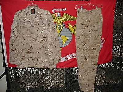 USMC MARPAT Uniform Desert Combat Shirt & Pants in size Medium Regular