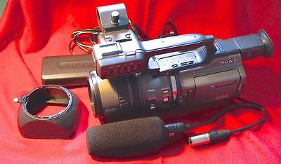 Sony DSR PD-150 camcorder,  Mini DV outfit, excellent shape