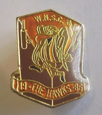 1986 WNSC The Hawks Social Club Badge Pin Darts Cricket