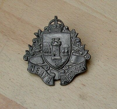 Neath Borough badge (I do not know what this badge is)