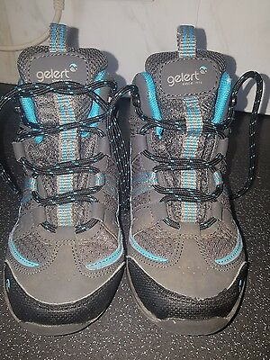 childrens walking boots size 9