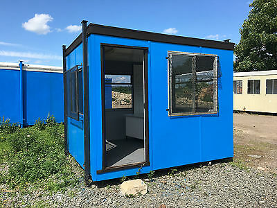 Mobile Office (3.1m x 2.45m) Fully Refurbished - Mobileofficespace.co.uk
