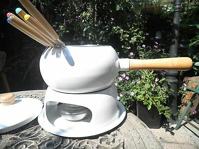 White FONDUE SET chocolate / cheese / oil complete 6 forks unused / instructions