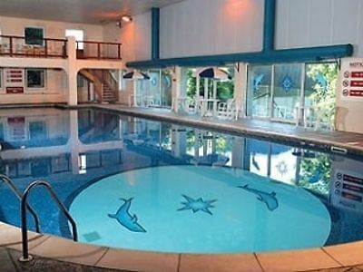 holiday in Cornwall Devon 2 bed chalet sleeps 5 allows dogs set in manor grounds