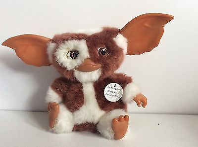 "Official Dancing and Singing Gizmo Plush - Neca Deluxe Famous 7"" Moving Singing"