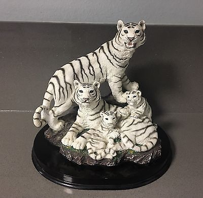 WHITE TIGER Wild Cat Family Cub Figure Figurine Statute