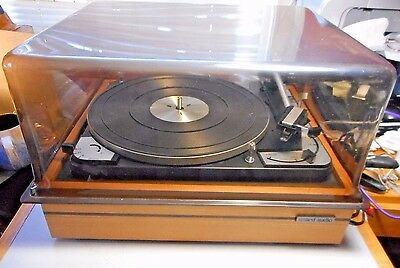 Vintage Dual 1015 Fully Automatic Turntable/Very Good Working Condition