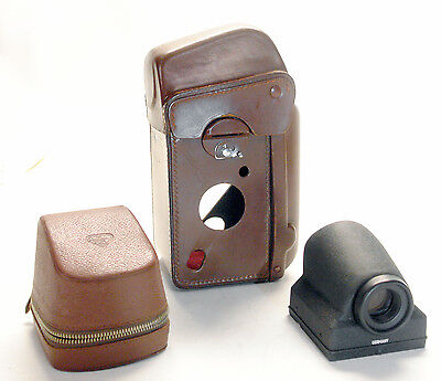 ROLLEIFLEX  LEATHER CASE AND PENTAPRISM as new