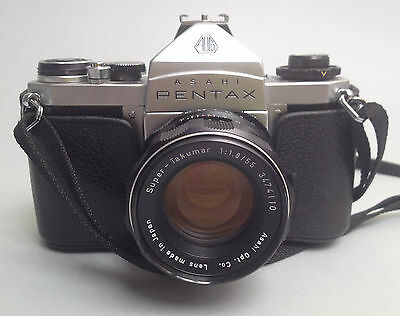 Vintage collectors Asahi Pentax 35mm SLR camera with 55mm Takumar F1.8 Excel+