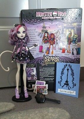 poupee monster high catrine demew