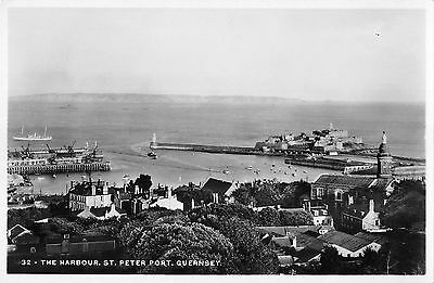 BR81850 the harbour st peter port real photo  guernsey  uk