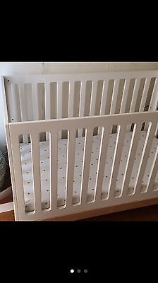 Crib ,baby, Oeuf classic crib birch color, used, very good condition