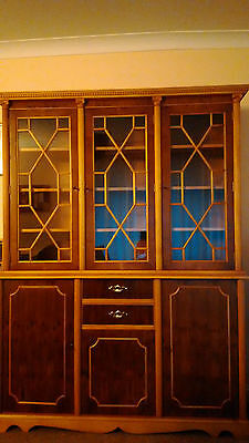 Georgian Style Yew Solid Wood bookcase, cabinet, cupboard, excellent condition