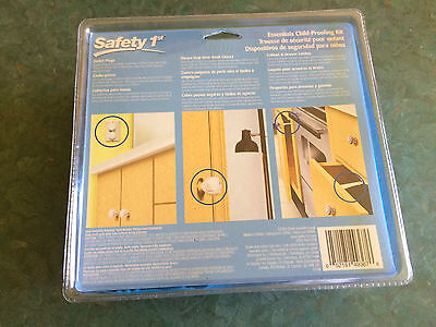 Safety 1st Child-Proofing Kit: outlet plugs, drawer/cabinet latches