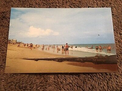 Vintage Postcard Unposted Bethany Beach Delaware People In Surf