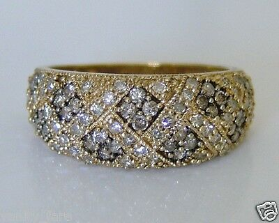 Beautiful 9ct Gold 0.77ct Diamond Cluster Ring Size P