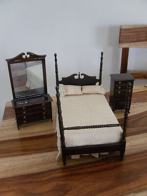Miniature Dollhouse Sterling Hill Fine 1:12 Furniture 4 post bedroom colonial