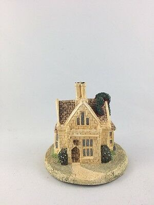 Old Country Village Royal Lodge Collectible